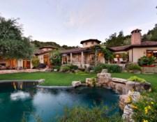 back-yard-pool resize