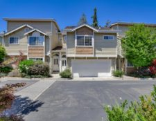 Gardenside Cir, Cupertino, CA 95014